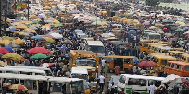 nigeria-lagos-traffic-butter-waze-africa-martin-pasquier-innovation-is-everywhere-startups-east-africa-mobile-west-africa-2014-emerging-markets-technology-transportation-app-1